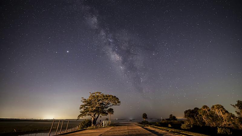SR_50_Milky_Way_ProRes-444_4K_24_UHQ_2xSlow.mov