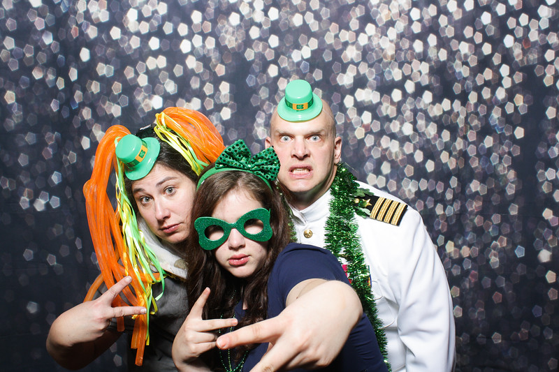 SavannahRyanWeddingPhotobooth-0107.jpg