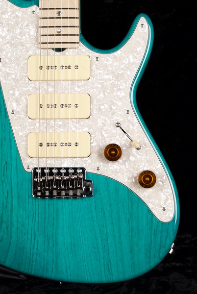 ElectraJet #3589, Trans Aqua Blue Finish, Grosh G-90 pickups
