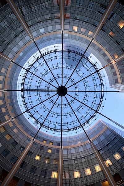France, Paris (75), quartier de la Defense, Dome de la Place ronde// France, Paris, La Defense district, Dome of the Round place