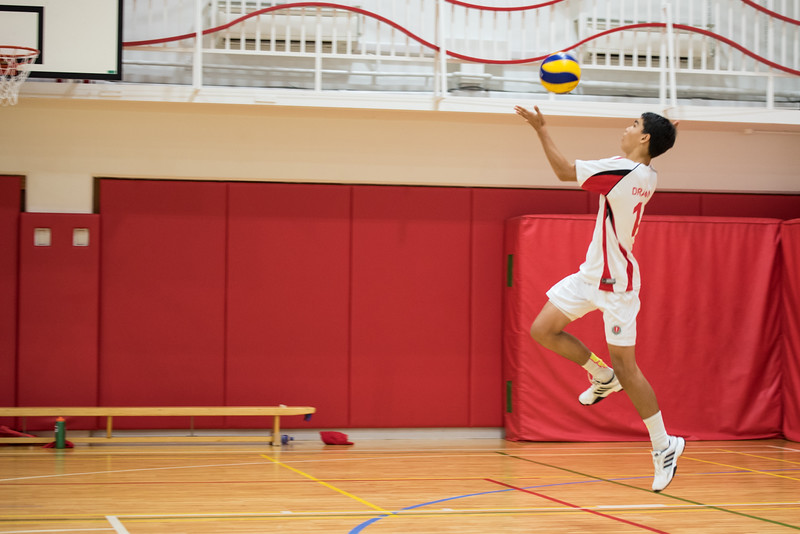 YIS HS Boys Volleyball 2015-16-9201.jpg