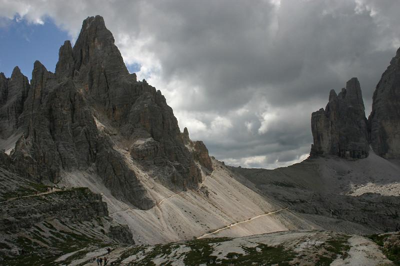 D_035.Tre Cime.zicht op monte Paterno.JPG