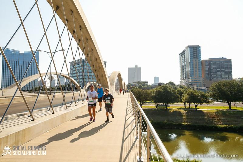 Fort Worth-Social Running_917-0483.jpg