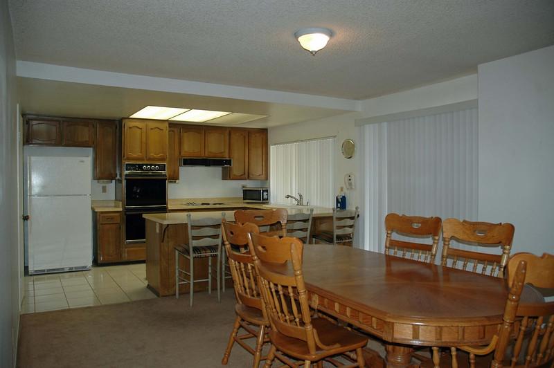choisser dining room 1.jpg