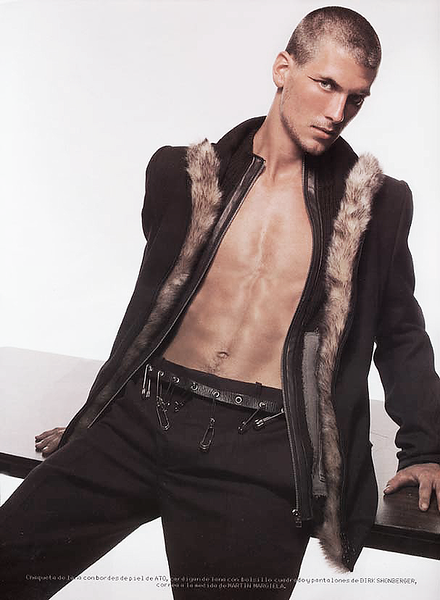 Creative-space-artists-hair-stylist-photo-agency-nyc-beauty-editorial-alberto-luengo-mens-grooming-male-model-3.png