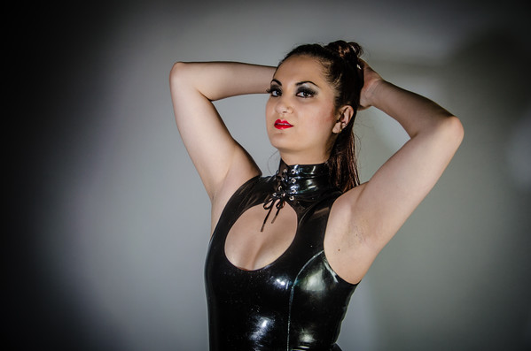 Lola Latex Photo Shoot