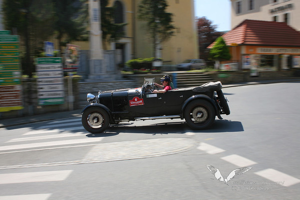 Classic Cars in Action