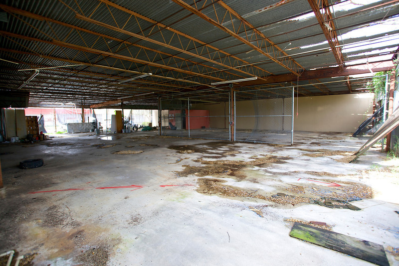 2571NW4thCt_Warehouse18.jpg
