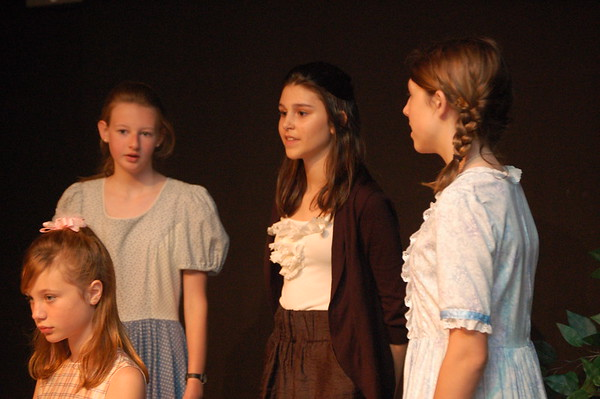 Images from folder Upper School Play 2005