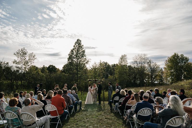 rustic_ohio__fall_barn_wedding-212.jpg