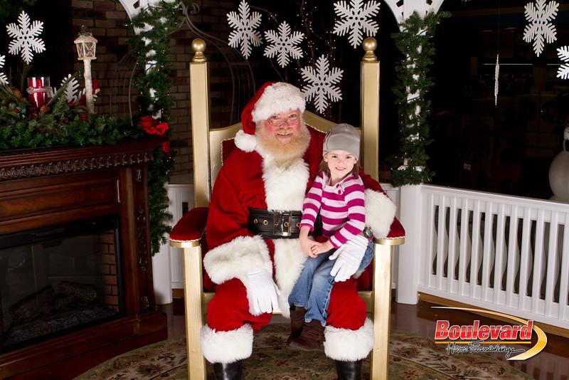 Santa Dec 15-205.jpg