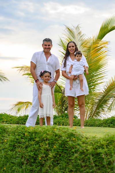 2020 Familia Salcedo Rodríguez, Caracoles