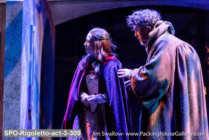 SPO-Rigoletto-act-3-309.jpg