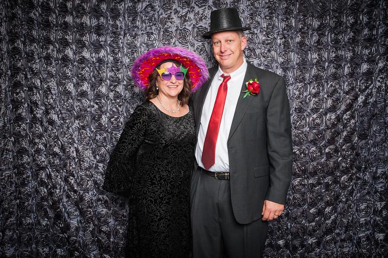 Lynn + Nancy Photobooth-272.jpg