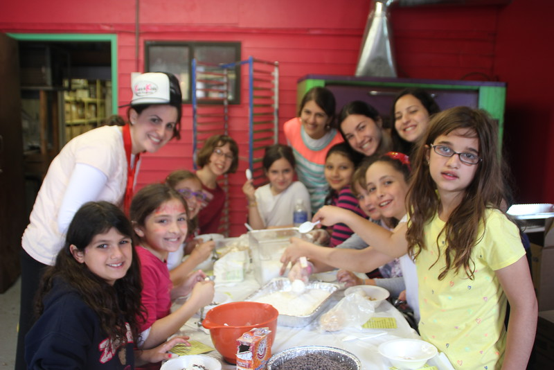 kars4kids_thezone_camp_GirlDivsion_workshops_CulinaryArts (38).JPG