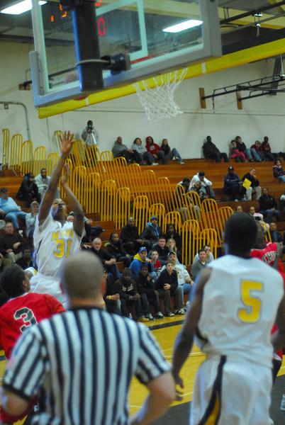 20090301_MCC Basketball_5683.JPG