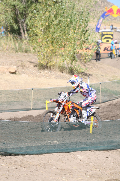 Musquin trying to get a drive up to the 120' table.