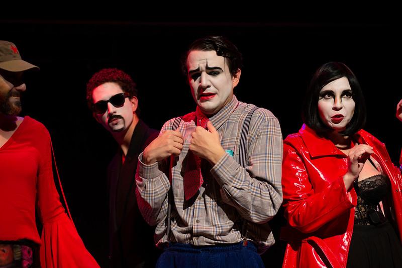 Allan Bravos - essenCIA Teatro - Persona 07-387.jpg
