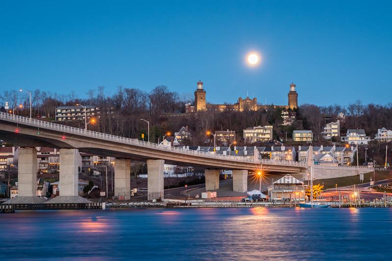 2018 3-31 Twin Lights Setting Blue Moon-23-HDR_Full_Res.jpg