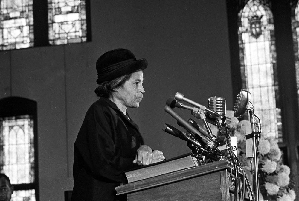 Description of . Rosa Parks speaks at Ebenezer Baptist Church in Atlanta, Ga., Jan. 15, 1969.  (AP Photo/Joe Holloway, Jr.)