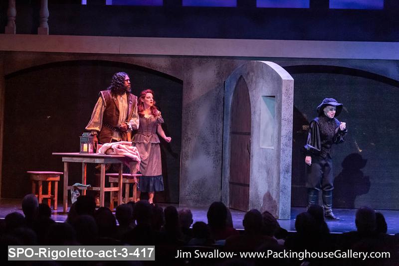 SPO-Rigoletto-act-3-417.jpg