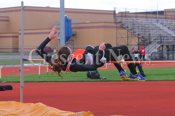 05-12-15 Sports NWOAL track
