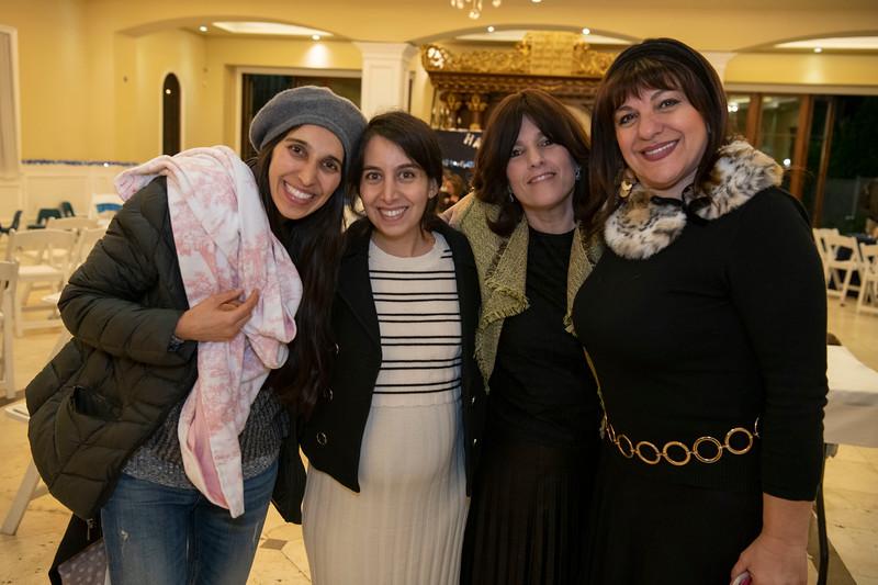 Brentwood Chabad -Chanukah1104.jpg