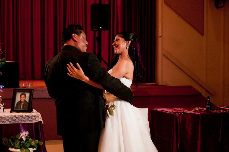 2011-11-11-Servante-Wedding-550.JPG