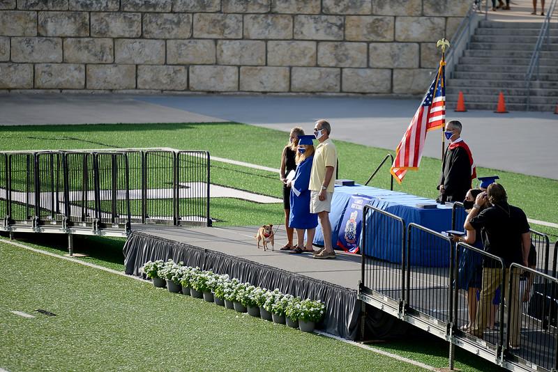 LHS-Graduation_003.jpg