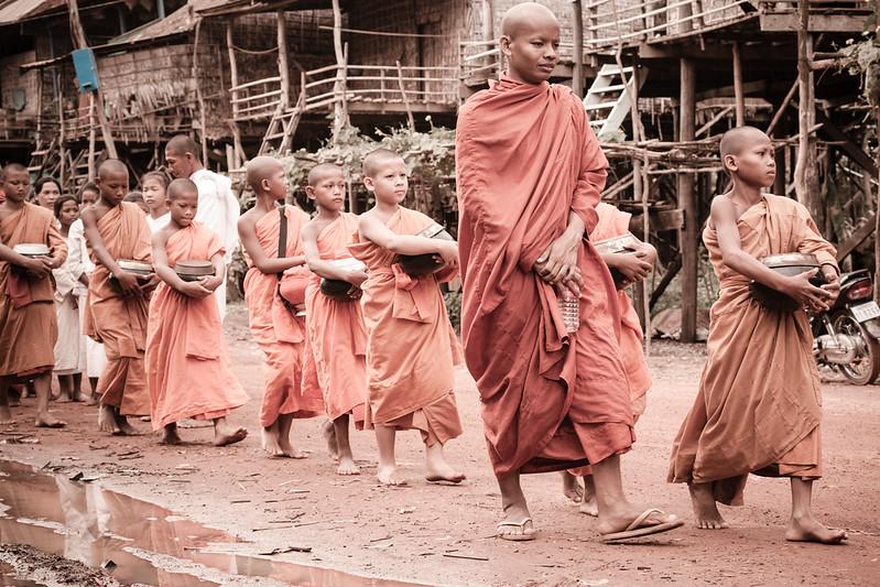 Travelling_to Kompong KhleangSiem Reap_042.jpg