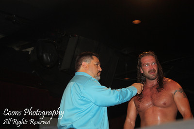 EVOLVE 9 - Silas Young vs Suger Dunkerton