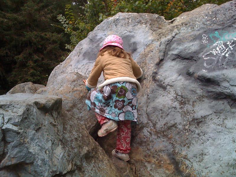 Rock climbing at Mira Vista park