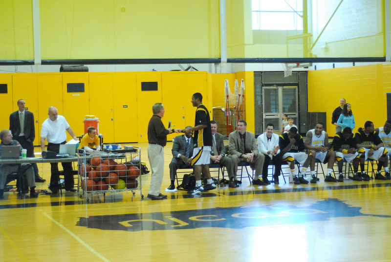 20090301_MCC Basketball_5752.JPG