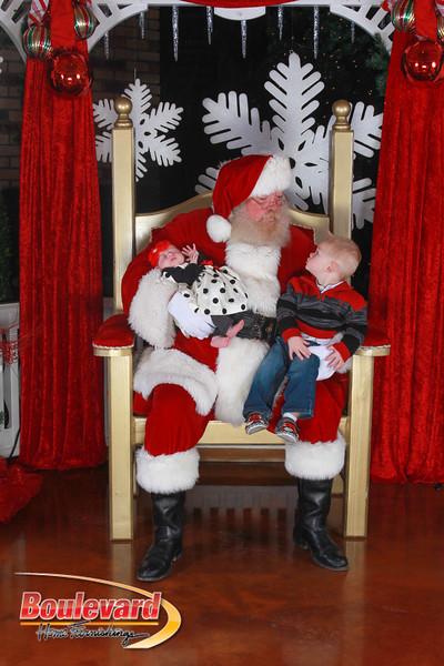 Santa 12-17-16-435.jpg