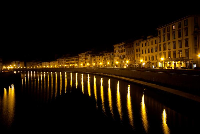 pisa river-3.jpg