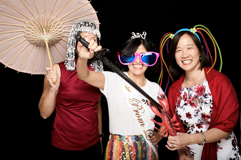 Endocrine Clinic Holiday Photo Booth 2017 - 001.jpg