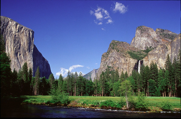 Yosemite & Sierra Nevada Range