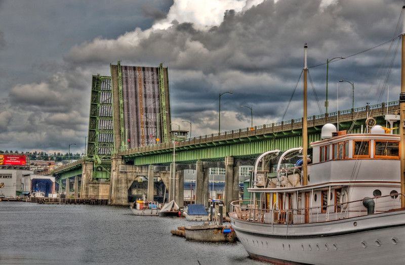 fisherman's_terminal_10601_ballard_bridge-sm.jpg