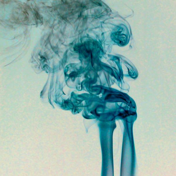 Smoke Trails 5~8775-1nis.