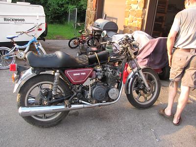1977 Yamaha XS750-2D