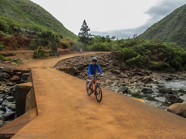 Cycling Dumbea River