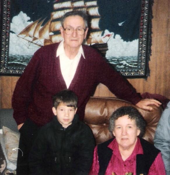 Kenneth,Dean & Norma Brockway (Nov 1987).jpg