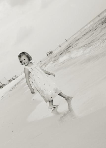 beach5.2010_6066bw.jpg