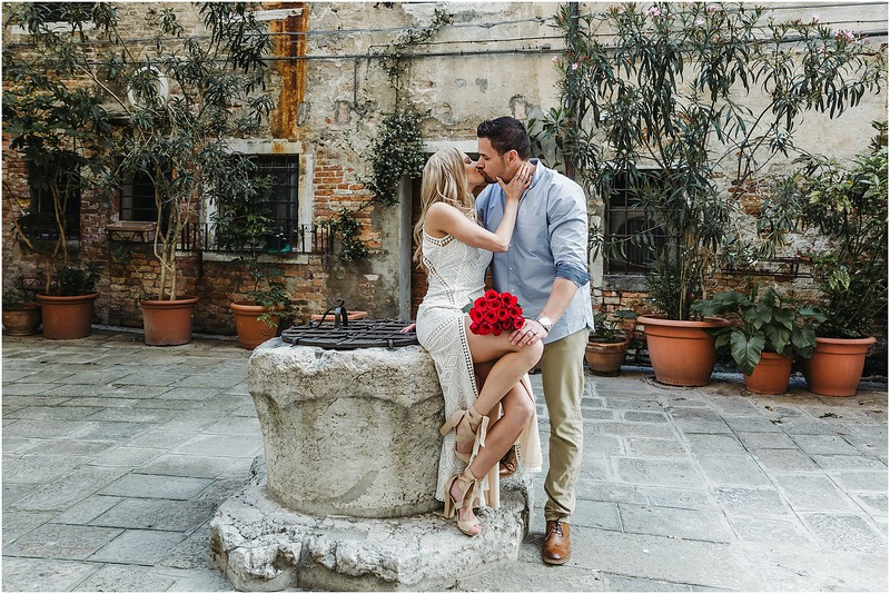 Fotografo Venezia - Elopement in Venice - Honeymoon in Venice - photographer in Venice - Venice honeymoon photographer - Venice photographer - Elopement Venice photographer - 11.jpg