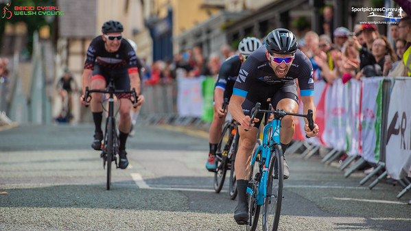 Welsh Cycling Road Race Championships - Finish Pictures Men and Junior Men Lap 5