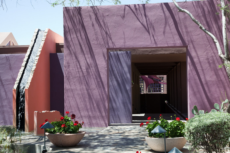 Scottsdale w-Windy 4-11-0301.jpg