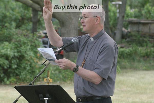 Farewell worship for Pastor John 06-27