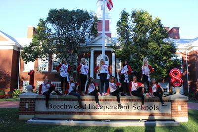 Senior Cheerleaders Fall 2017