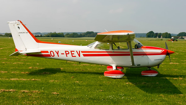 OY-PEV - Cessna 172P Skyhawk
