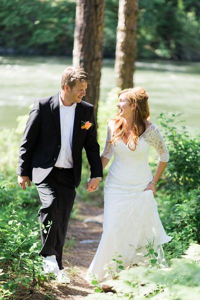 Rachel + Heath {Married in Leavenworth} May 2016